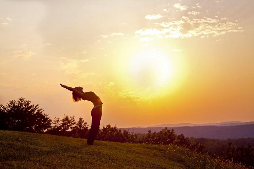 yoga modena saluto al sole suryanamaskar meditazione armonia